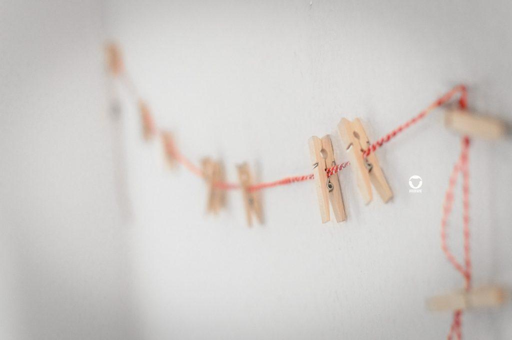 Pinscher Buddy, Buddy and Me, Hundeblog, Dogblog, Ruhrgebiet, Essen, Adventskalender für Hunde, DIY, Anleitung, selbstgemacht, basteln, Papiertütchen, Hamburger Kugeln, Weihnachten, Adventszeit
